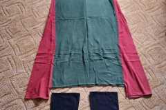 Šaty s klíny a legíny